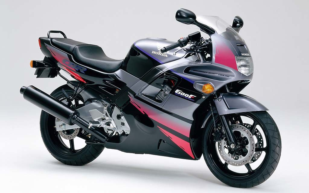 best motorbikes under 1000 pounds 1024x640 - The Best Motorbikes Under £1000