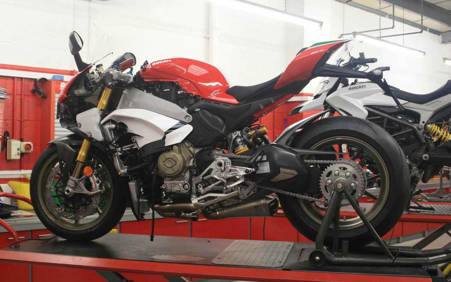 motorcycle workshop bench buying guide - Every Motorcycle Lift You Can Buy In The UK