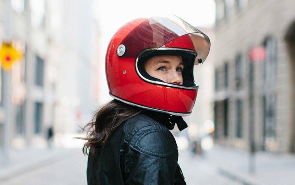 retro motorcycle helmets 1024x641 - Retro Motorcycle Helmet Showcase