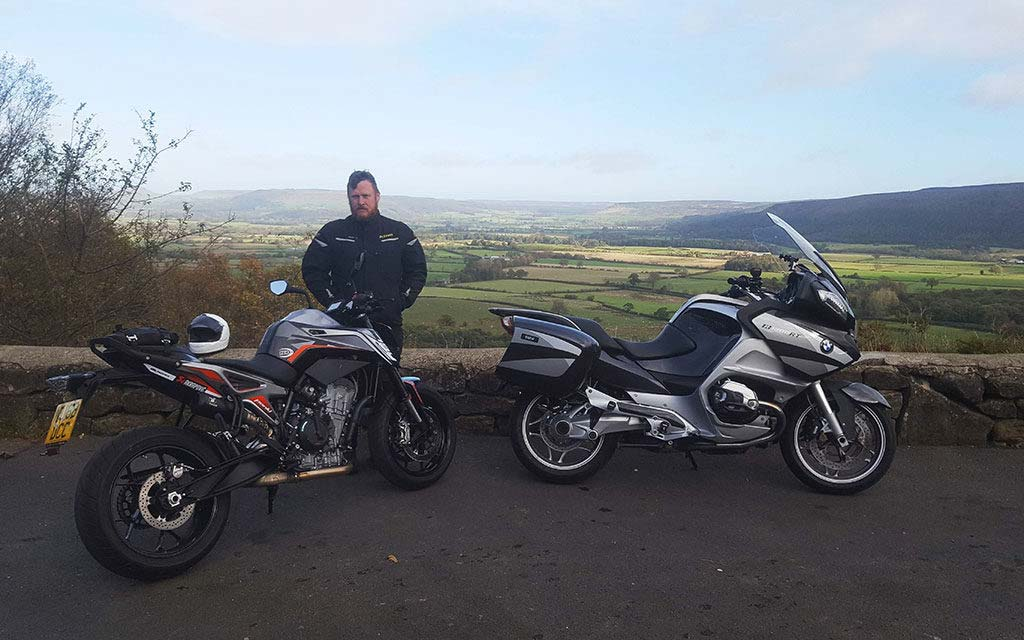 advaced motorcycle rider courses uk 1024x640 - Advanced Motorcycle Riding Courses