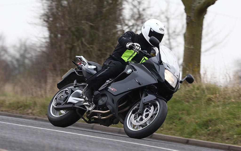 motorbikes for hire in the uk 1024x640 - Motorbike Hire in the UK